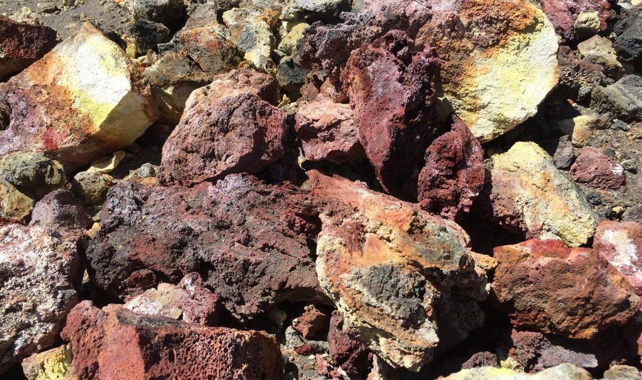 Vulkansteine auf Fogo
